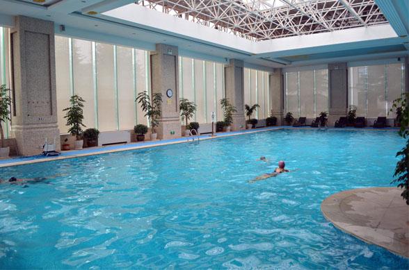 Qujiang huibin hotel swimming pool